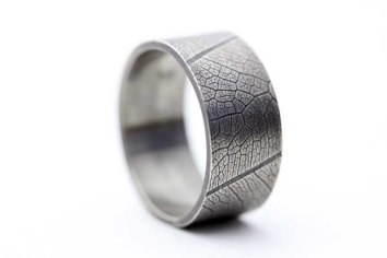 Sterling silver leaf ring, alternative wedding band